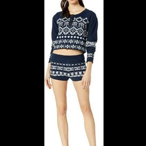 ✔FREE PEOPLE Navy Blue Crop Top Sweater NWT